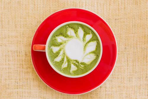 Receta Simple Para un Matcha Latte, Frio o Caliente