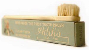 cepillo de dientes addis