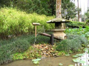 fuente de bambu japonesa