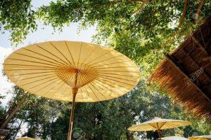 sombrilla de bambu